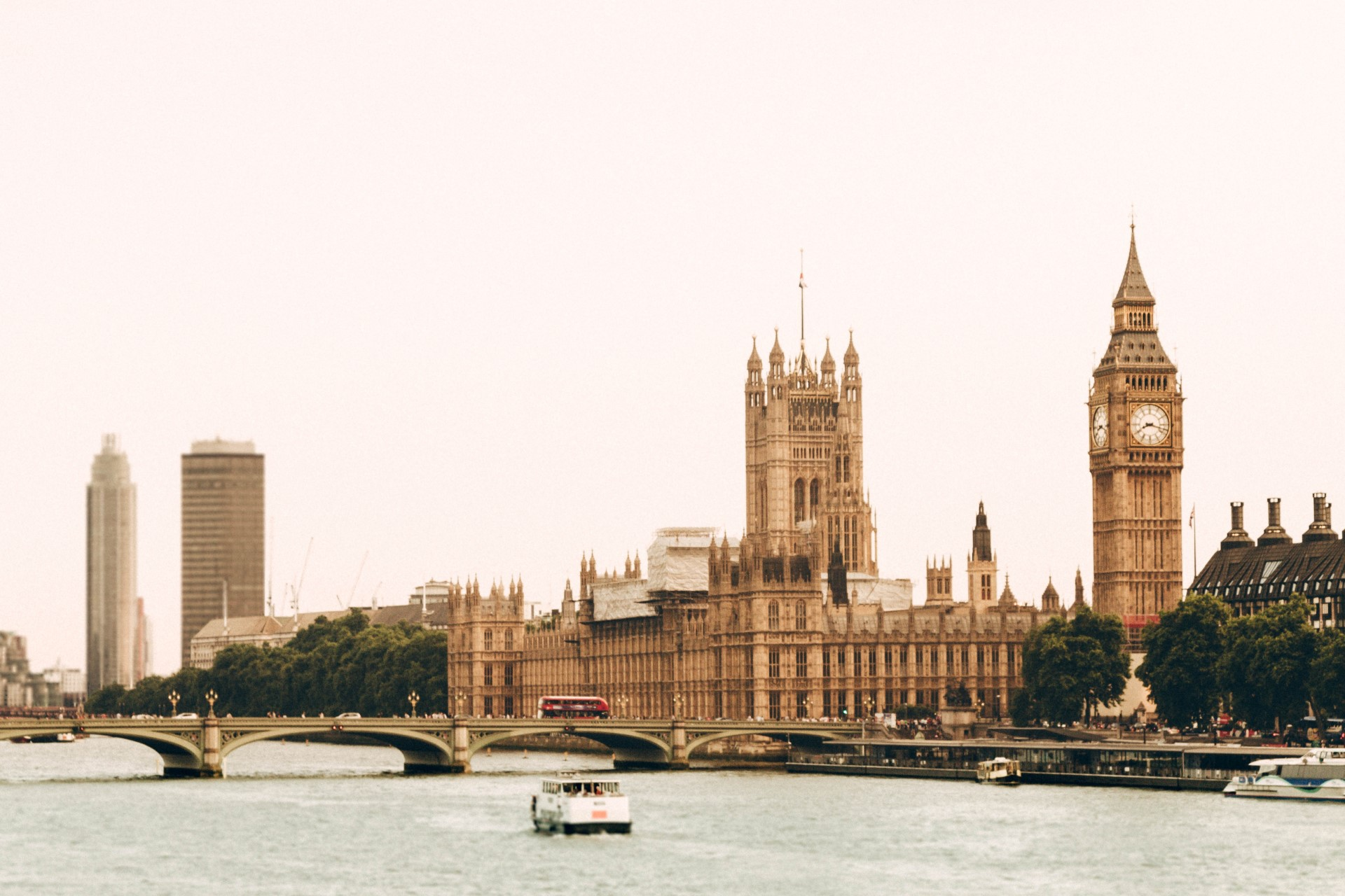 """London: The World's First """"National Park City"""" 